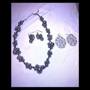 Bogo jewelry gorgeous pearls sets plus earrings